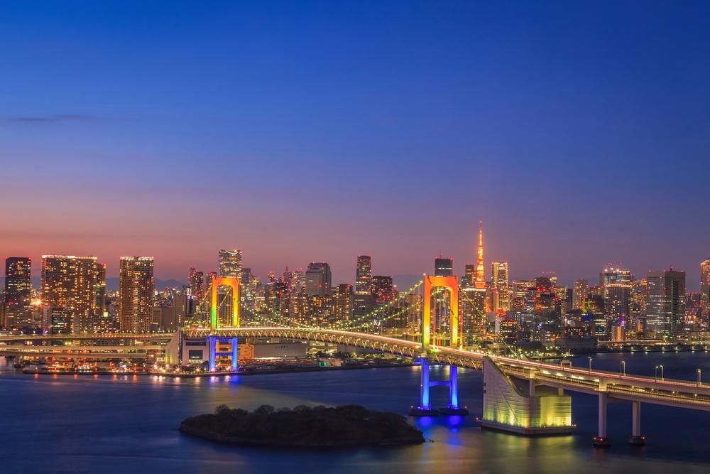 View of Tokyo Bay, Rainbow bridge and Tokyo Tower landmark, Twilight scene, Odaiba